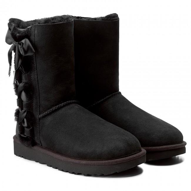 Schuhe UGG - W Pala 1017531 W/Blk - UGG - Stiefel und andere - Damenschuhe YyxeWaNN